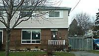 12 Lawrence Cres