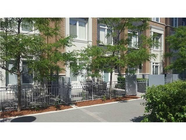 Th107 - 370 Square One Dr