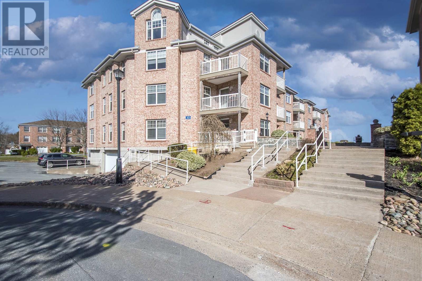 401 - 30 Waterfront Drive
