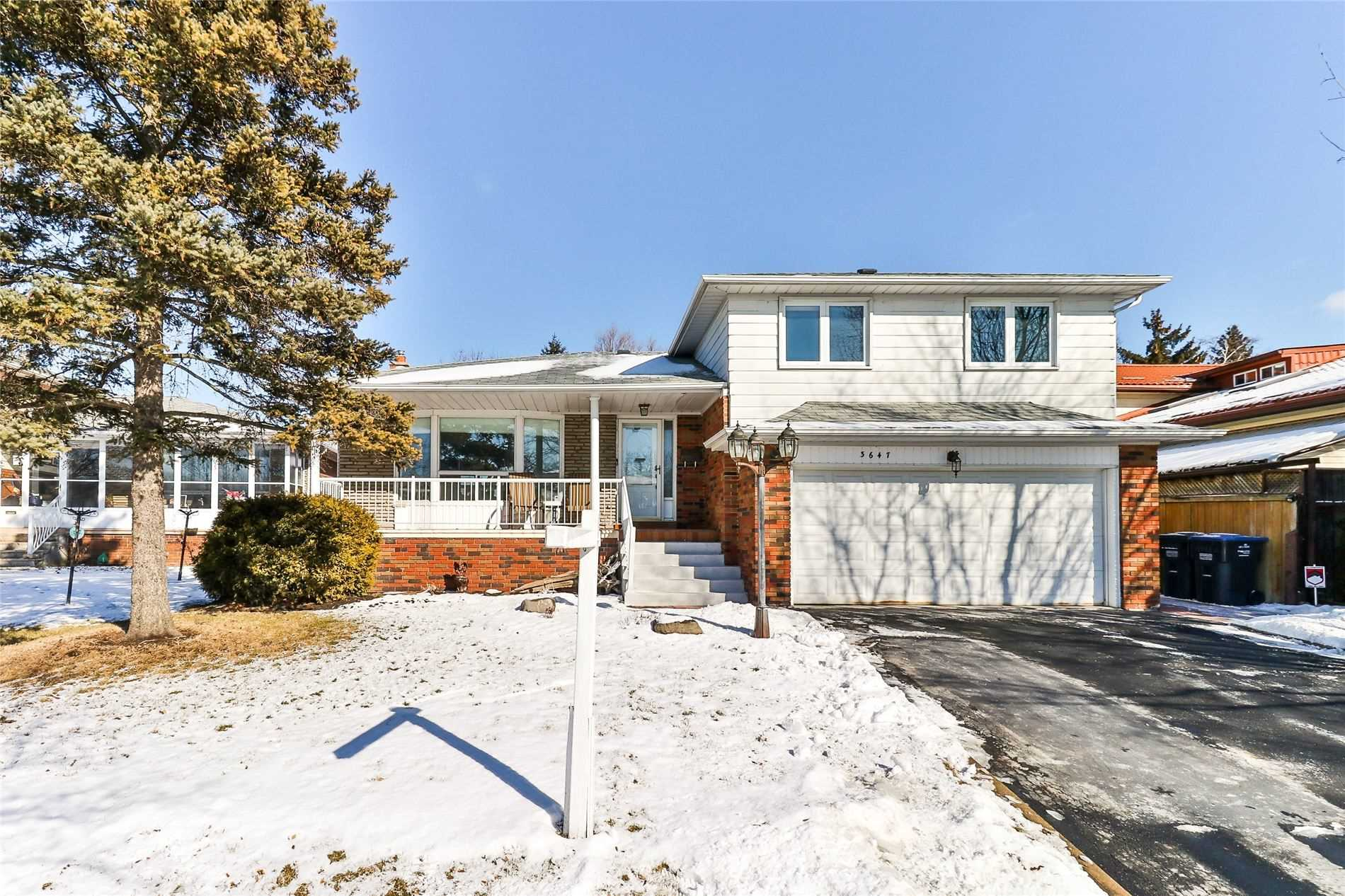 3647 Broomhill Cres