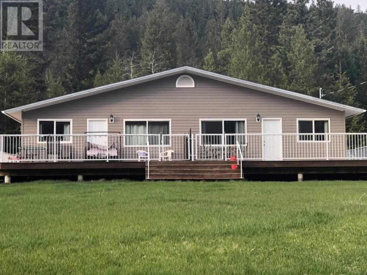 5781 Horse Lake Road