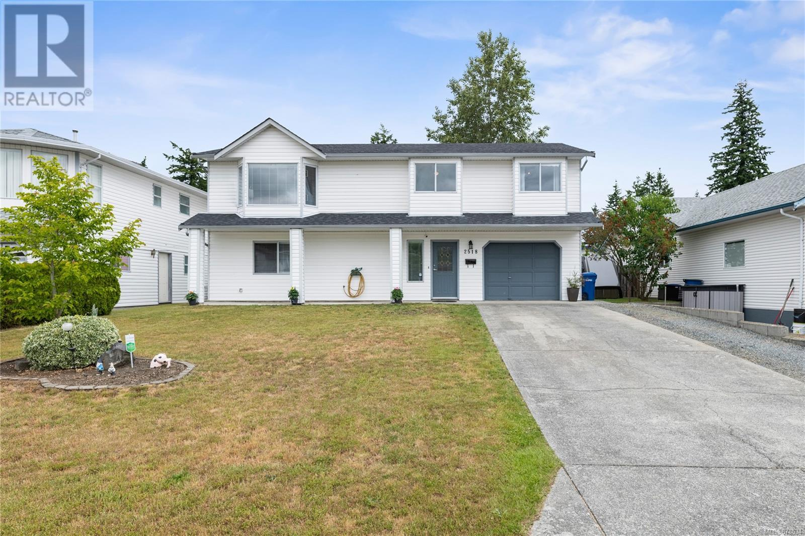 2518 Nadely Cres