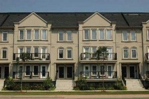 th 11 - 118 Finch Ave W