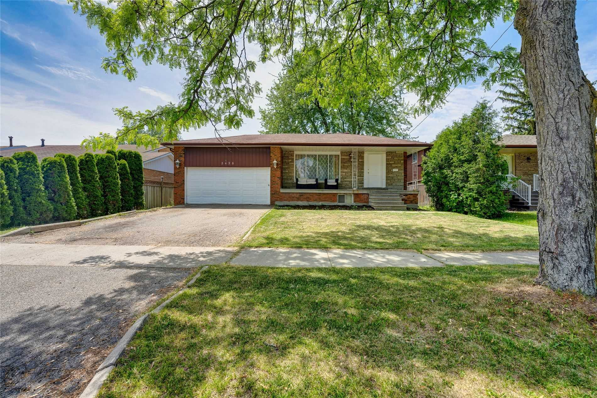 3428 Clanfield Cres