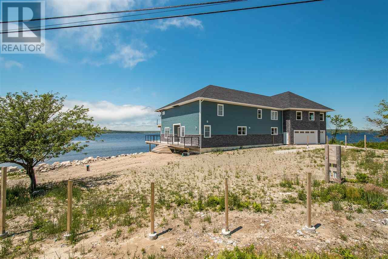 1112 Sandy Point Road