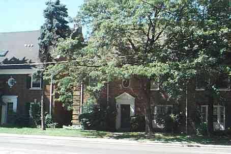 top - 1358 Avenue Rd