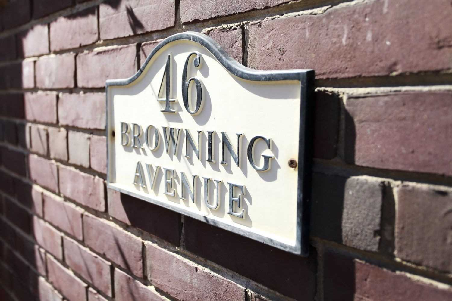 topflr - 46 Browning Ave